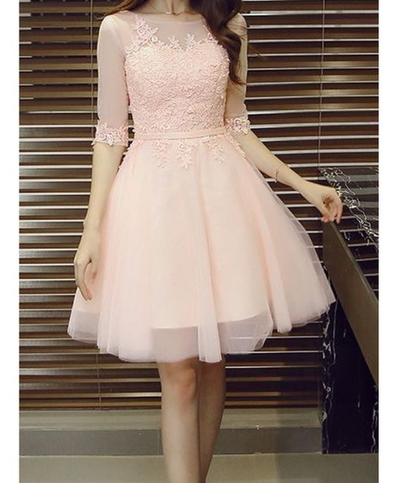 Half Sleeves Short Tulle Homecoming Dresses Lace Appliques Women Party Dresses