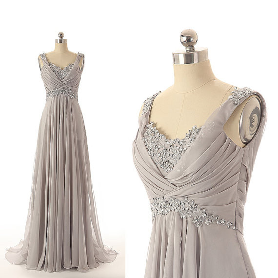Light Grey Long Chiffon Prom Dresses Crystals Floor Length Party Dresses Custom Made Dresses 2016