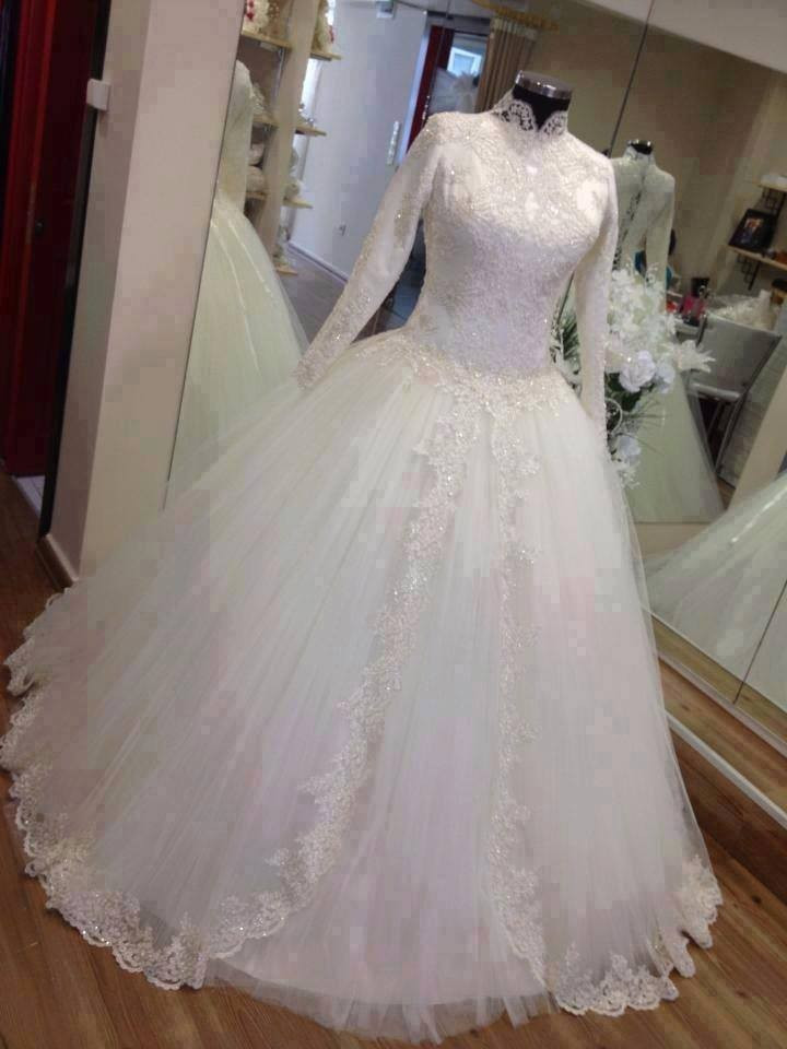 Full Sleeves Ball gown Tulle Lace Appliques Wedding Dresses High neck bridal Gowns