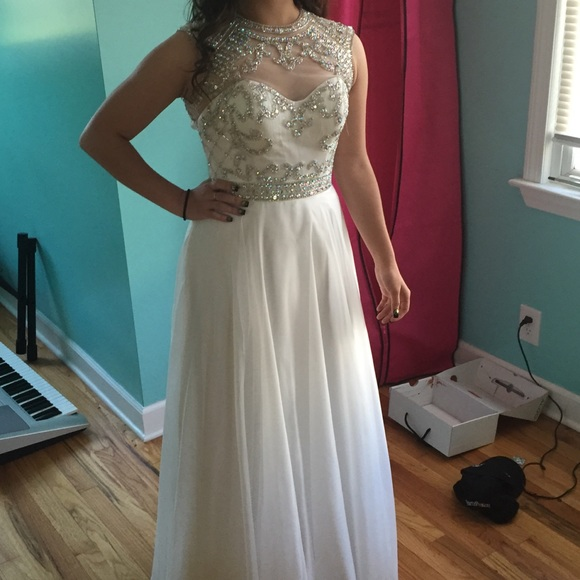 Sleeveless White Long Chiffon Prom Dresses Crystals beaded Women Party Dresses