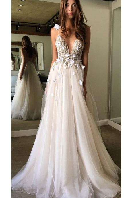 V Neck Tulle Prom Dress Lace Appliques Floor Length Spaghetti Straps