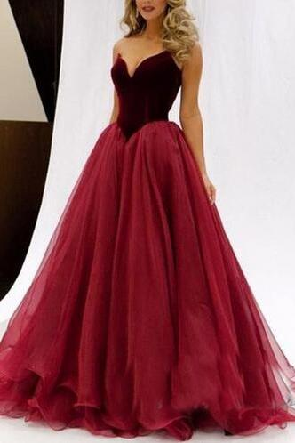 Sweetheart Neck A-line Tulle Prom Dresses Charming Floor Length Party Dresses Custom Made Women Dresses