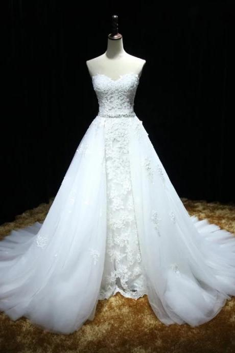 White Strapless Sweetheart Lace A-line Tulle Wedding Dress with Long Train